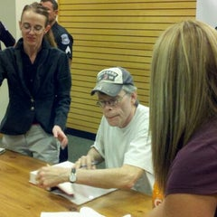 Photo taken at Barnes & Noble by Adam S. on 11/15/2011