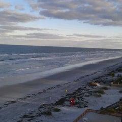 Photo taken at Best Western New Smyrna Beach Hotel & Suites by Jeremy L. on 11/12/2011