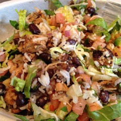 Photo taken at Chipotle Mexican Grill by Kelsey A. on 3/28/2012
