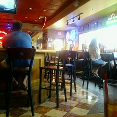 Photo taken at Red Robin Gourmet Burgers by David O. on 8/17/2012