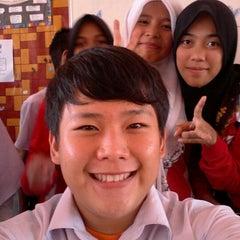 Photo taken at SMK Bandaraya (SMK Menggatal) by erick s. on 8/24/2011