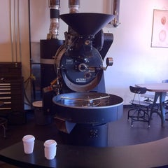 Photo taken at Heart Coffee Roasters by PDX P. on 7/9/2011