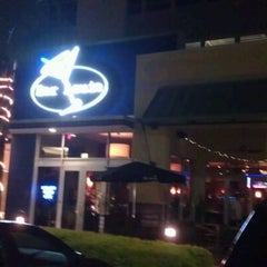 Photo taken at Bar Louie Orlando by Mary Jo R. on 10/13/2011