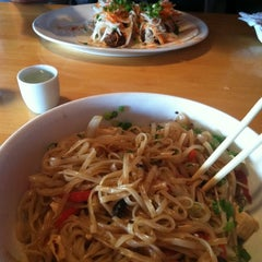 Photo taken at Doc Chey's Noodle House by Lauren D. on 7/18/2011