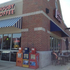 Photo taken at BIGGBY COFFEE by Kathy T. on 8/30/2012