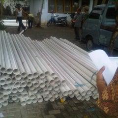 Photo taken at Dinas Pertanian dan Kehutanan Kab. Purworejo by Yock I. on 10/20/2011