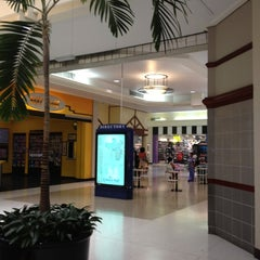 Photo taken at Cortana Mall by SooFab on 6/15/2012