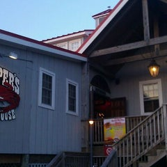 Photo taken at Hooper's Crab House by Ivan X. on 8/22/2012