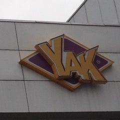 Photo taken at Yak by Óscar A. on 7/15/2012