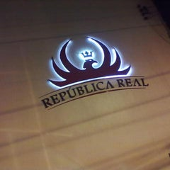 Photo taken at República Real by Danz V. on 4/15/2012