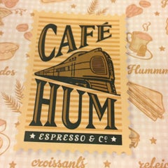 Photo taken at Café Hum by Marilena C. on 12/30/2012