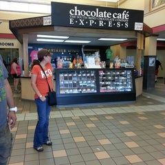 Photo taken at Booth Tarkington Travel Plaza (Westbound) by Jonathan D. on 8/4/2013
