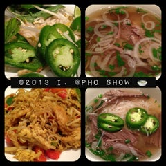 Photo taken at Pho Show by 💕i /@yumyum.in.the.tumtum on 1/20/2013