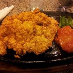 Photo taken at Cazasuki Italian Steak House by Ksl H. on 4/21/2013