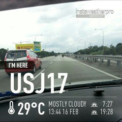 Photo taken at Exit 608 Persimpangan KLIA by norizan a. on 2/16/2013