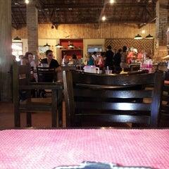 Photo taken at Restaurante da Fazendinha by Edvaldo S. on 5/19/2013