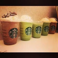 Photo taken at Starbucks (สตาร์บัคส์) by offy g. on 10/23/2013