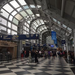 Photo taken at Chicago O'Hare International Airport (ORD) by Bobby K. on 7/26/2015
