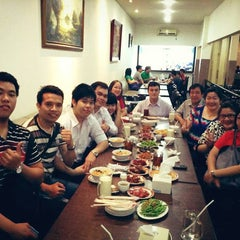 Photo taken at Yung Ho by Beltsa E. on 2/9/2014