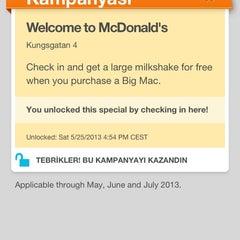 Photo taken at McDonald's by Tolga Ö. on 5/25/2013