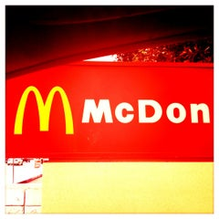 Photo taken at McDonald's by 🔊Stubby N. on 11/28/2012