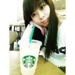Photo taken at Starbucks by Sze Hui T. on 6/3/2015
