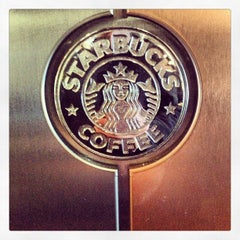 Photo taken at Starbucks by Gabriel on 5/4/2013