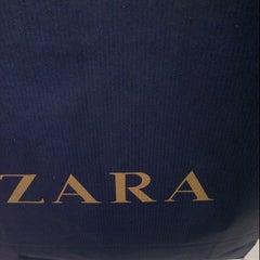 Photo taken at Zara by Sohabran Singh P. on 8/18/2013
