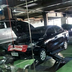 Photo taken at Toyota North Edsa by Con O. on 1/22/2016