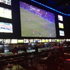 Photo taken at Real Sports Bar & Grill by Szturmowka on 10/28/2012