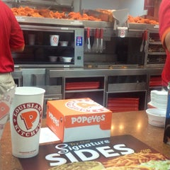 Photo taken at Popeyes by Johnny on 4/2/2014