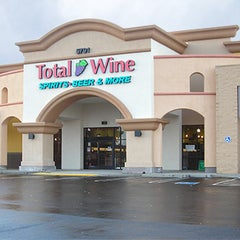 Photo taken at Total Wine & More by Total Wine on 11/5/2015