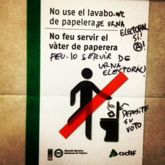 Photo taken at Estació de Tarragona by Eva Patrícia on 3/29/2013