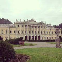 Photo taken at Villa Olmo by Julio A. on 9/29/2012