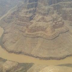 Foto tirada no(a) The Grand Canyon por Fernando M. em 6/19/2015