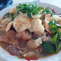 Photo taken at Restaurant Sunda Kelapa by dEO roni on 2/10/2014