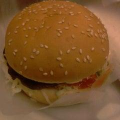 Photo taken at DeJons Burger & Torry Coffee by Akbar I. on 5/11/2013