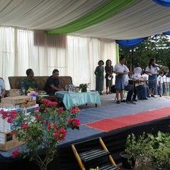 Photo taken at SMA Negeri 4 Medan by Taufik H. on 5/20/2013