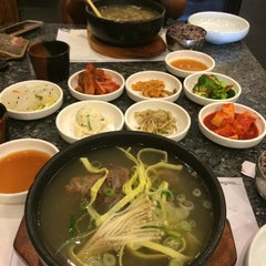 Photo taken at Chil Bo Myun Ok by Victoria B. on 7/17/2014