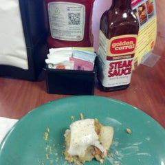 Photo taken at Golden Corral by John Kelly G. on 9/16/2012