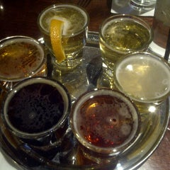 Photo taken at Hops Grill and Brewery by Yesenia M. on 9/24/2012