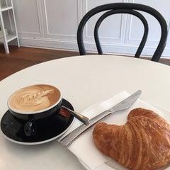 Photo taken at Parisian Patisserie Boulangerie by Kelvin S. on 3/13/2015