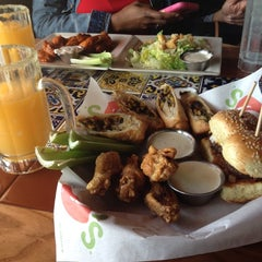 Photo taken at Chili's Grill & Bar by Barney on 6/12/2014