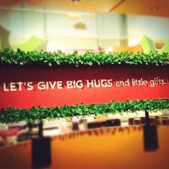 Photo taken at Starbucks by kiptrip on 11/24/2011