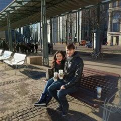 Das Foto wurde bei Starbucks von Алексей Л. am 1/8/2016 aufgenommen