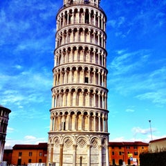 Photo taken at Torre di Pisa by Vitaly on 12/8/2012
