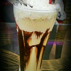 Photo taken at Cafe Coffee Day by Mouna S. on 1/15/2013
