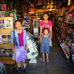 Photo taken at Golden Apple Comics by Lee Y. on 9/27/2014