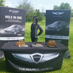 Photo taken at Cantigny Golf Course & Clubhouse by Krystie P. on 7/28/2014