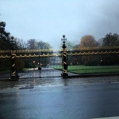 Photo taken at Koninklijk Paleis / Palais Royal by Steven V. on 11/7/2012
